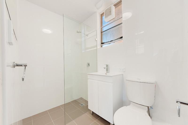 10426-Bathroom