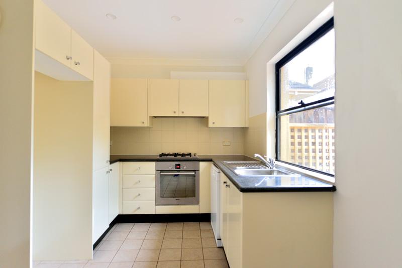 18309-Kitchen2